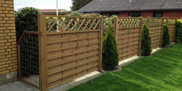 Wood Fences – Portfolio